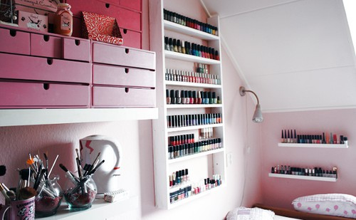 rangement vernis ongles et coffrets vernis rangement maquillage. Black Bedroom Furniture Sets. Home Design Ideas